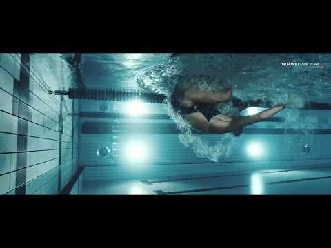 HUAWEI Mate20 Pro ad featuring Norwegian swimmer Emilie Løvberg