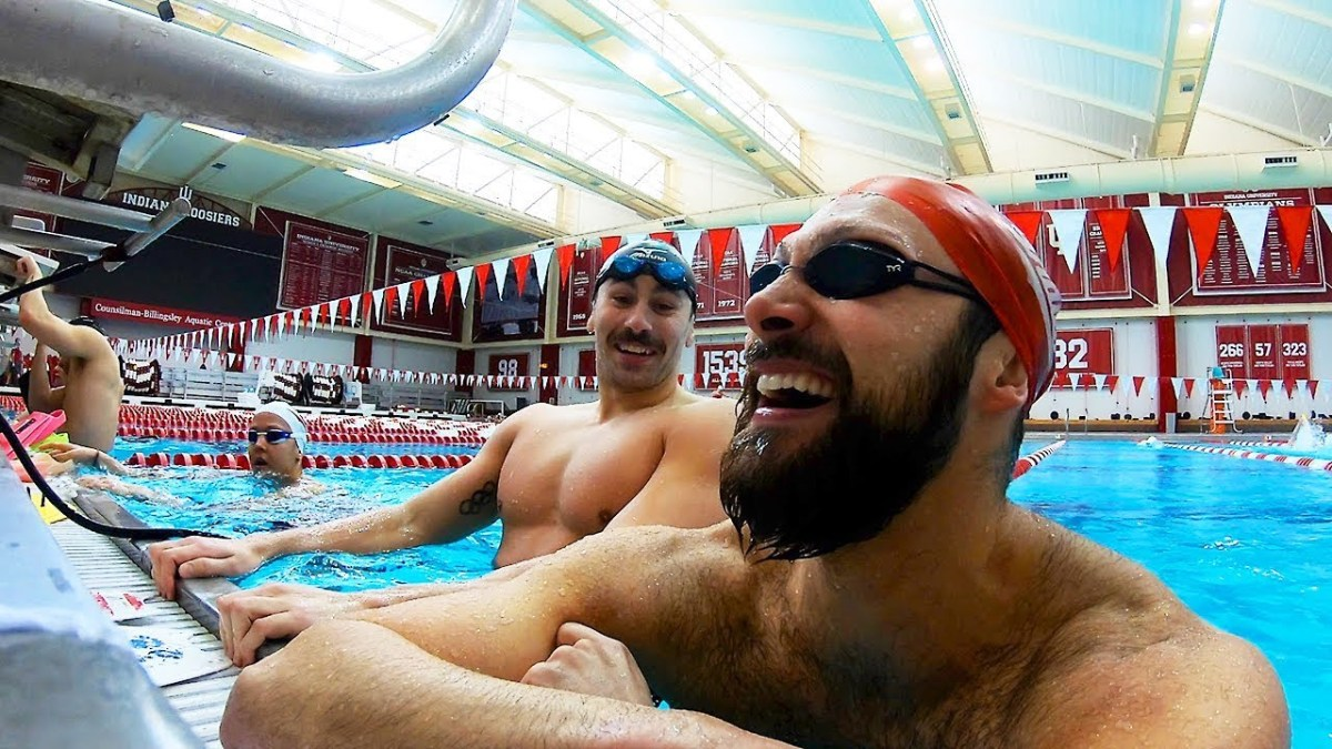 Epic Pro Swimmer Sprint Set | Cody Miller Vlogs