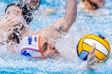5 NED VAN IJPEREN Guus Netherlands Budapest 20/01/2020 Duna Arena Netherlands (white caps) Vs. France (blue caps) Men XXXIV LEN European Water Polo Championships 2020 Photo ©Giorgio Scala / Deepbluemedia / Insidefoto