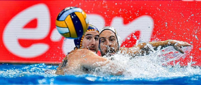 5 DE TORO DOMINGUEZ Miguel Spain, 11 RESTOVIC Marin Germany Budapest 20/01/2020 Duna Arena Germany (white caps) Vs. Spain (blue caps) men XXXIV LEN European Water Polo Championships 2020 Photo Giorgio Scala / Deepbluemedia / Insidefoto