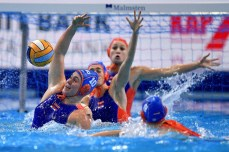 10 NED JOUSTRA Kitty Lynn Netherlands Budapest 19/01/2020 Duna Arena SPAIN (white caps) Vs. NETHERLANDS (blue caps) Women XXXIV LEN European Water Polo Championships 2020 Photo © Andrea Staccioli / Deepbluemedia / Insidefoto