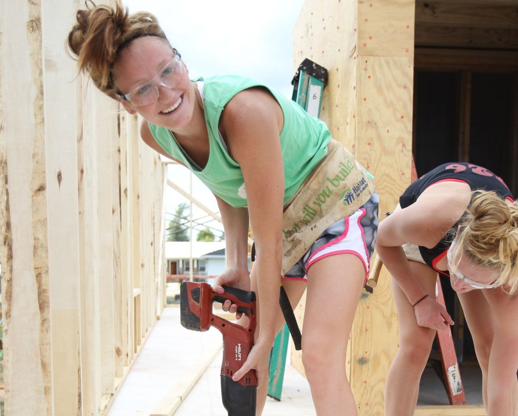 09-27-2014 MWSD Habitat for Humanity Brooke Elias Photo by Nicole Rodriguez