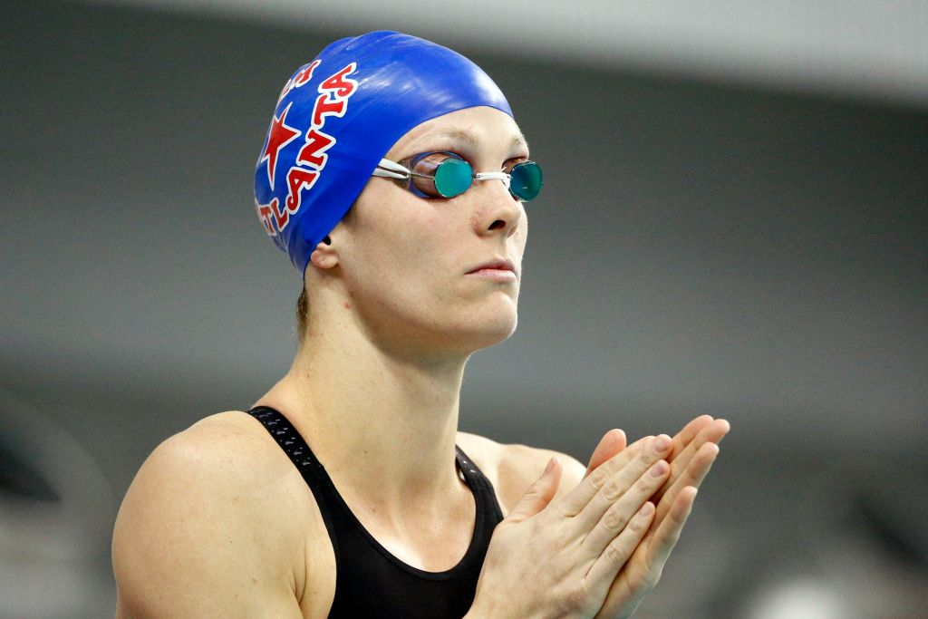 Jan 16, 2016; Austin, TX, USA; Amanda Weir before competing in the women's 200 meter free final during the 2016 Arena Pro Swim Series at Lee & Joe Jamail Texas Swimming Center. Mandatory Credit: Soobum Im-USA TODAY Sports