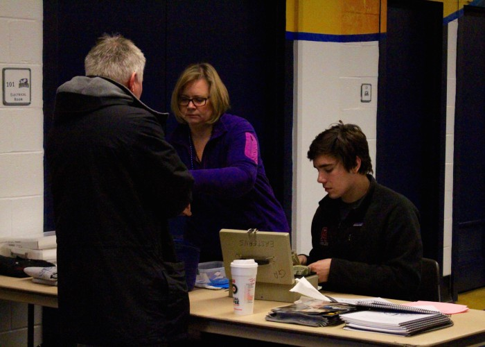 parent-volunteers-at-2016-easterns