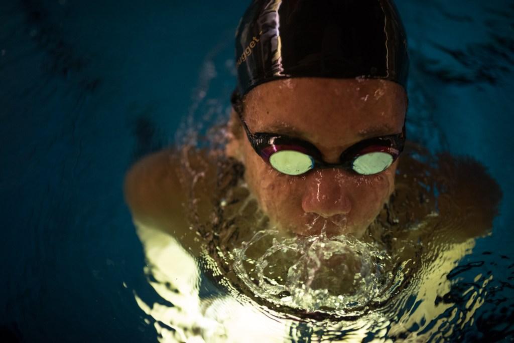 Robin-Sparf-swimmer-underwater