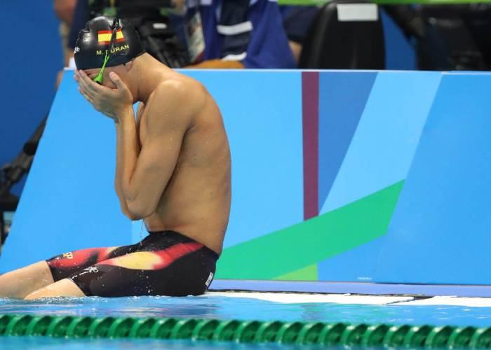 ct-spanish-swimmer-false-start