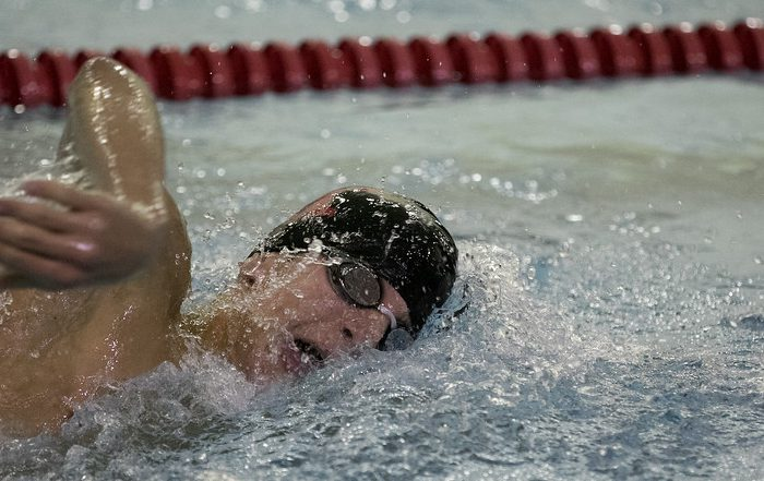swimmer_working_hard_kushner