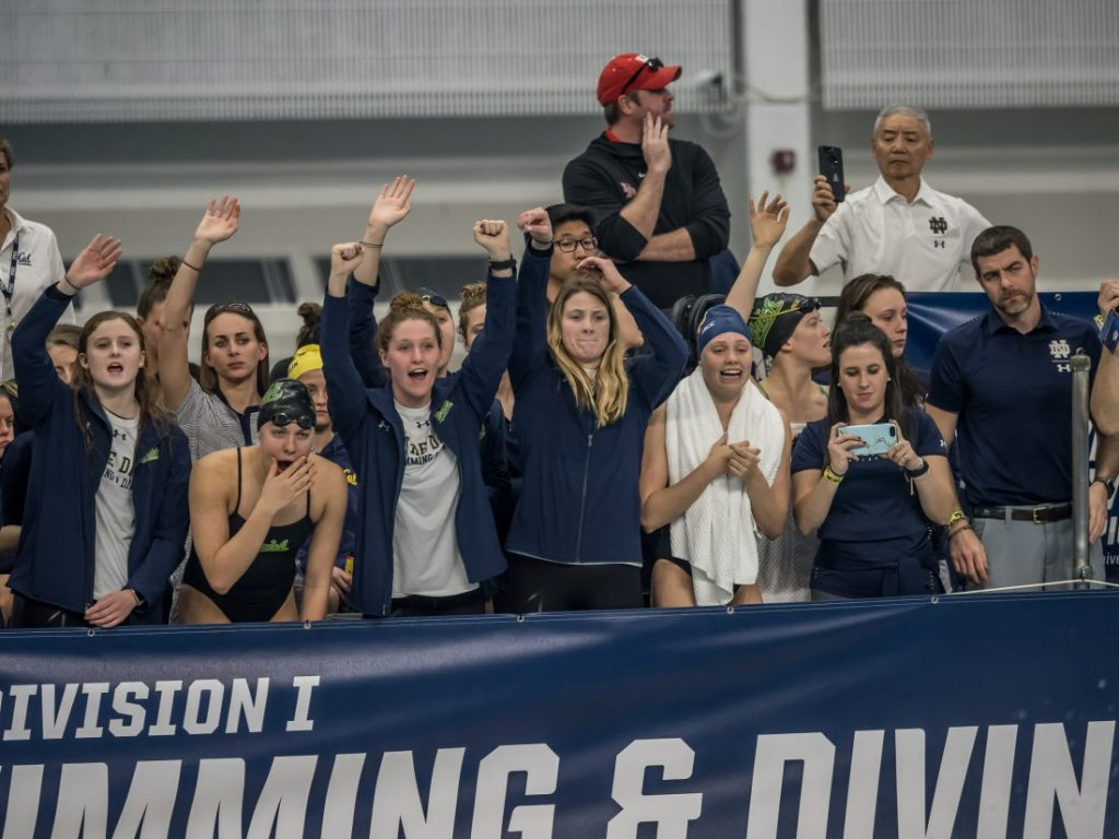 notre-dame-team-cheering-acc-swimming