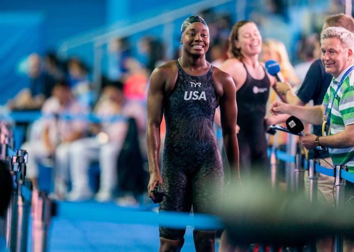 simone manuel, best women's swimmers