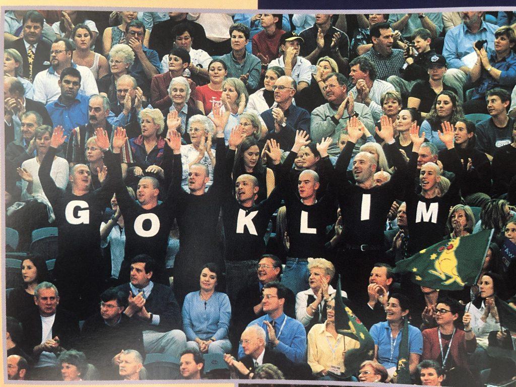 2000 OLY SW TRIALS Go Klim in crowd