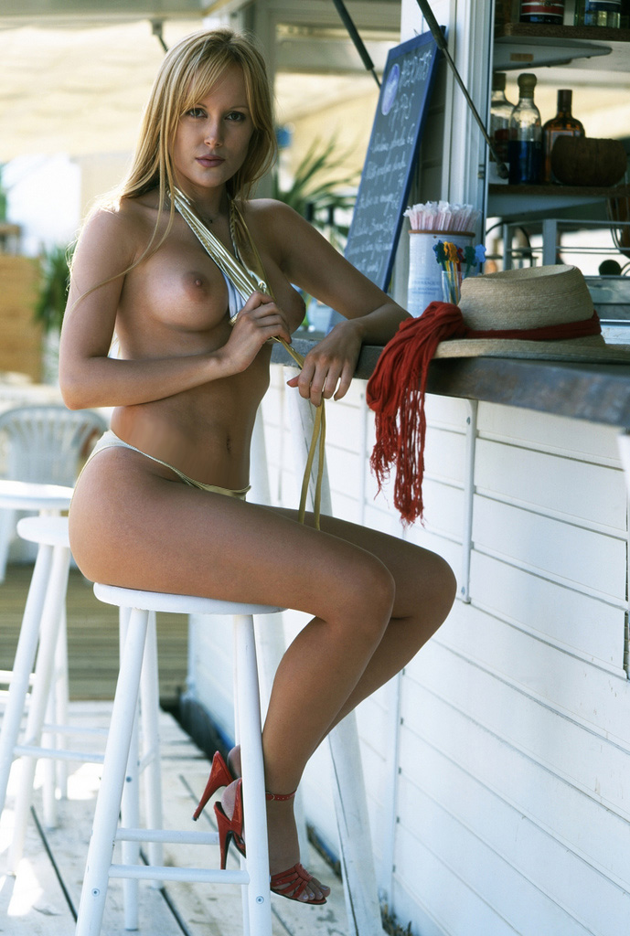 Naked bar wife Girls Bar