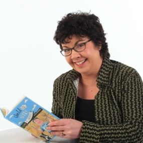Lorna-Sixsmith-author-pic-285x300