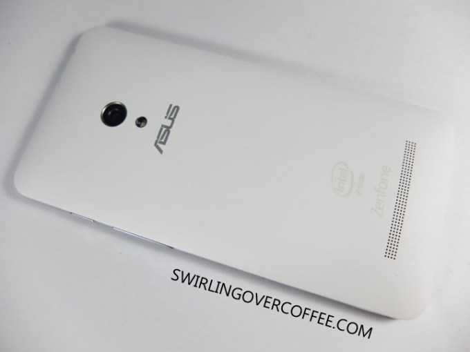 ASUS ZenFone 5 Unboxing Review Back