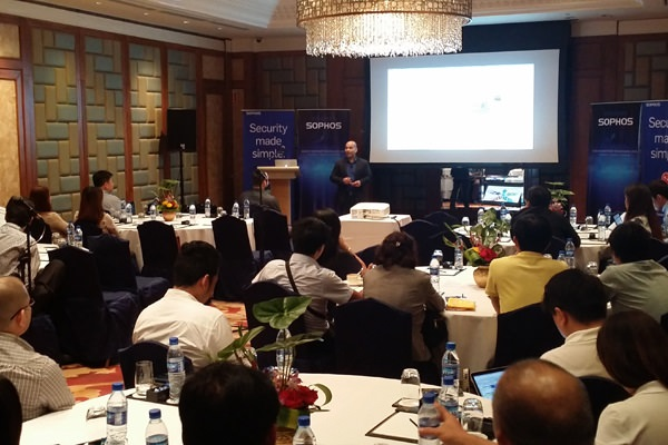 Sumit Bansal, Director for ASEAN, Sophos, gave an opening address to kick-start the roadshow in Cebu