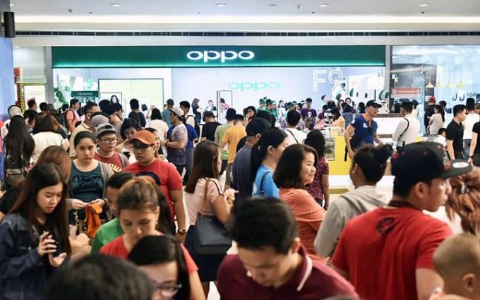 OPPO F9 price, OPPO F9 roadshow, OPPO F9 review