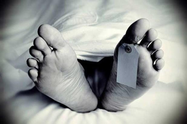 1527611945-dead-body-student-L