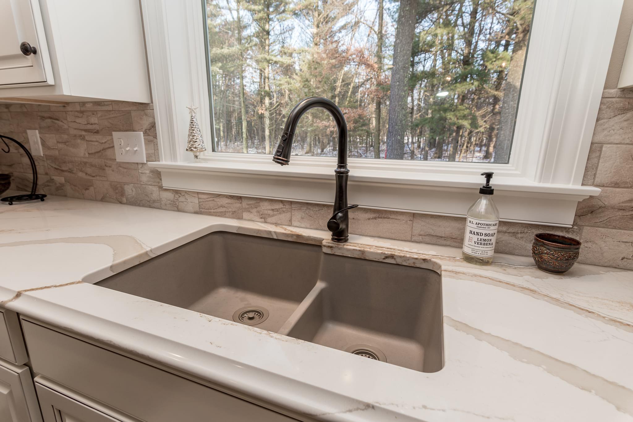 River Oaks close up Sink