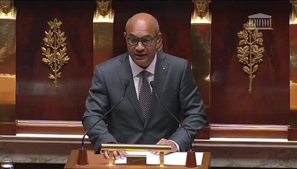 Daniel Gibbs, Député UMP de Saint-Martin et Saint-Barthélemy à la tribune de l'Assemblée Nationale le 04 novembre 2015 dans le cadre du vote des crédits de la mission outre-mer du Projet de Loi de Finance 2015