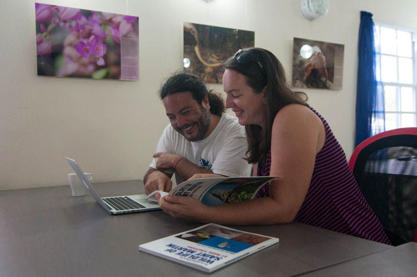 Authors Hannah Madden and Mark Yokoyama review photos and plan next steps at CNSI. Photo by Lalia Gibbs.