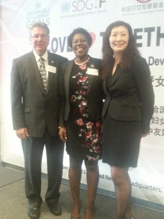 New York State Assemblyman Michael DenDekker (right), Saint-Martin Tourism Office President, Jeanne Rogers-Vanterpool (middle) and Li Li, Executive Vice President of the Sino-America Friendship Association (Left) at the 2015 Empowering Women and Sustainable Development Summit.
