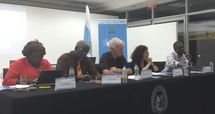 St. Martin author Lasana M. Sekou (R) at the Caribbean literature roundtable with, L-R, Costa Rican author Delia McDonald, eminent Central American scholar Prof. Quince Duncan, conference director Dr. Werner Mackenbach, and Costa Rican novelist Anacristina Rossi, UCR, Costa Rica (11-20-15). (HNP photo)