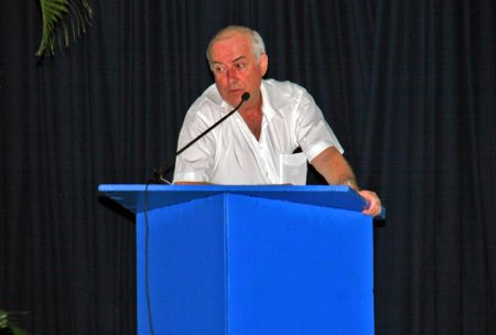 Un prototype d'unité de dessalement par osmose inverse « permettra de faire de Saint-Martin, et de l'usine de production, une vitrine technologique pour l'ensemble de la Caraïbe », Gérard Canton, PDG de l'UCDEM.