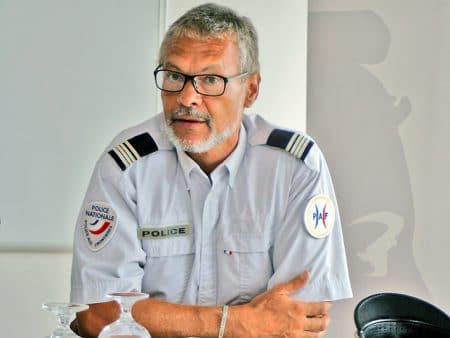 « Depuis le début de l'année, sur Saint-Martin, on a procédé à 273 interpellations d'étrangers en situation irrégulière », Jean-Luc Deras, commandant le service de la PAF à Saint-Martin.