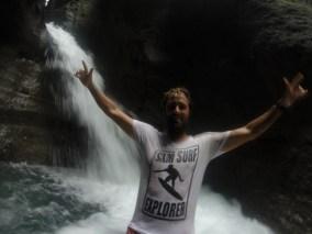 SXM-Surf-Explorer-Franck-Dominica