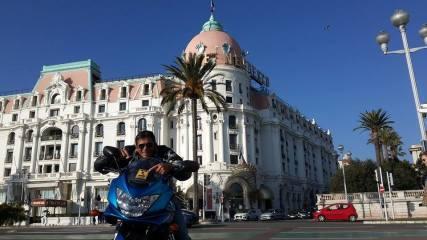 SXM-Surf-Explorer-Philippe-Hotel-Negresco-Nice-France