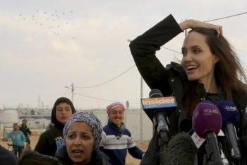 أنجيلينا جولي في مخيم الزعتري