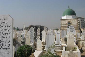 """مدير مكتب دفن الموتى: إنه أصبح بإمكان المواطن الفقير الحصول على قبر مجاني في مقبرة """"نجها"""" في حال إحضار ورقة من المختار تثبت فقره"""