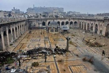 """تبلغ الكلفة الإجمالية المقدمة من """"رمضان قديروف """" رئيس جمهورية """"الشيشان""""، لإعادة ترميم """"المسجد الكبير""""، نحو سبعة مليارات ليرة سورية"""