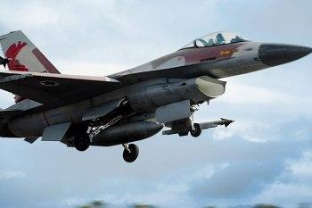 مسؤول إسرائيلي: دمّرنا نصف الدفاعات الجوية التابعة للنظام السوري