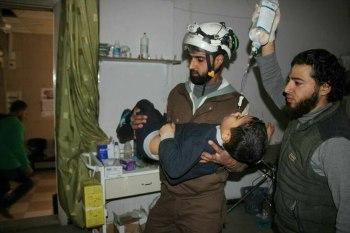 قصفهم أثناء خروجهم من المساجد.. النظام يمطر جسر الشغور بالقذائف ويوقع ضحايا