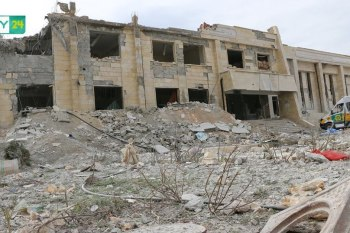 قال الدفاع المدني السوري عبر صفحته الرسمية إن جميع المشافي في ريف إدلب الجنوبي الشرقي خرجت عن الخدمة نتيجة الغارات الجوية