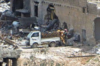 قوات النظام تقتل سيدة حاولت منعهم من سرقة منزلها في الغوطة الشرقية