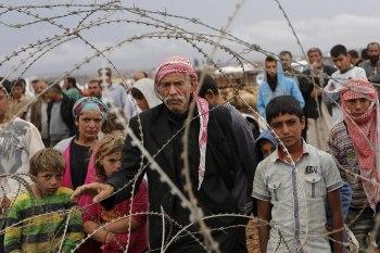 """أعلنت دائرة الهجرة التركية عن أعداد السوريين الذين غادروا تركيا إلى أوروبا، حيث بلغ 14 ألفًا و210 سوري بموجب """"إعادة التوطين"""""""