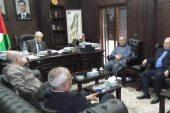 لماذا توجه وفد من منظمة التحرير الفلسطينية إلى سوريا؟