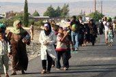 هرباً من قصف النظام.. موجة نزوح جديدة يشهدها الشمال السوري