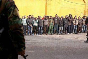 بينهم نساء.. قوات النظام تعتقل العشرات في دوما