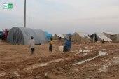 وفاة طفلة رضيعة في مخيمات إدلب بسبب البرد