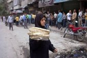 معاناة السكان تتفاقم في مخيم اليرموك.. والأسعار تحلق!