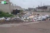 بسبب فقدان المحروقات.. النفايات تنتشر في شوارع مدينة نوى بريف درعا