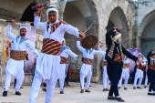 أهالي معرة النعمان يحيون يوم التراث العالمي في متحف المدينة الأثري