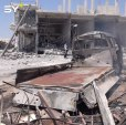 مجزرة مروعة يرتكبها طيران النظام الحربي في بلدة حيش بريف إدلب راح ضحيتها ٥ مدنيين وعدد من الجرحى