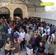 """تشييع الناشط الإعلامي """"أنس الدياب"""" في محافظة إدلب بعد أن قُتل بغارة جوية على مدينة خان شيخون بريف إدلب يوم أمس"""
