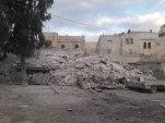 بسبب قصفه سابقاً.. قتلى وعالقون تحت الأنقاض بانهيار مبنى سكني في حلب