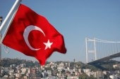 تركيا تستثني السوريين من قراراتها المتعلقة بالإقامات السياحية للأجانب