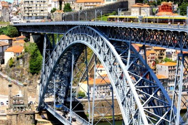 Eiffelbrücke in Porto