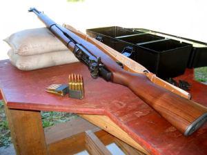 M1 Garand dengan Cartridge/Magazine